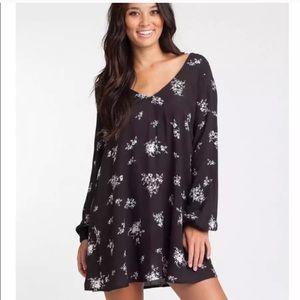 Billabong • Floral Print Long Sleeve Tunic Dress